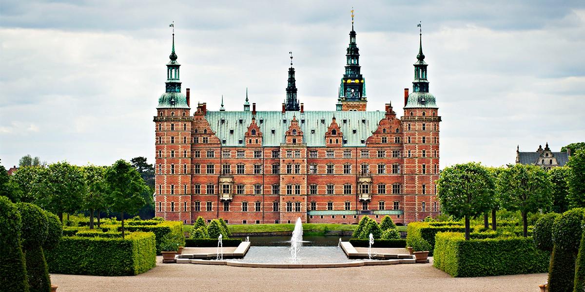 Frederiksborg-Slot-fra-haven-Kopi.jpg
